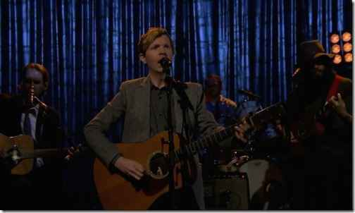 Live: Beck – Waking Light (The Tonight Show: Jimmy Fallon)