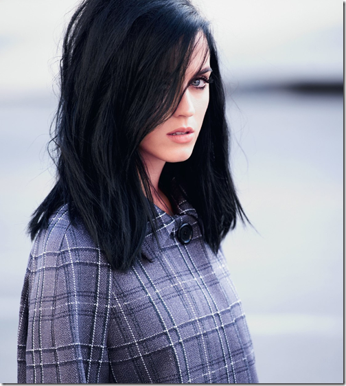 Live: Katy Perry – Dark Horse (BRIT Awards 2014)