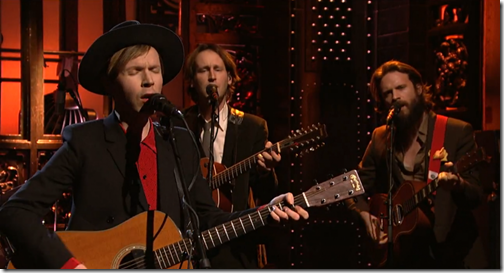 "Video : Beck : ""Blue Moon"" & ""Waves"" (Live on SNL)"