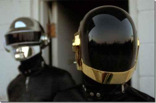 """Daft Punk переиздают свой альбом ремиксов 2006 года """"Human After All"""""""