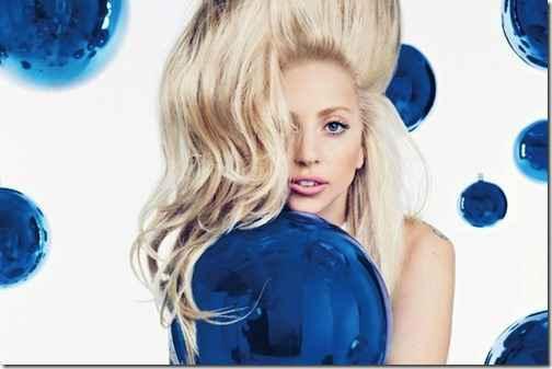 Леди Гага выдала фото с концерта Metallica за снимок с собственного шоу
